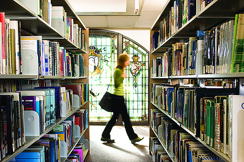 VCC Broadway library Vancouver Community College   Cao đẳng cộng đồng lớn nhất Canada